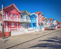 Casas típicas com as listras coloridas em Aveiro Fotos de Stock