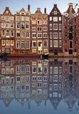 Casas típicas de Amsterdam foto de archivo