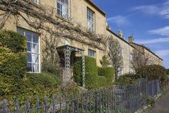 Casas Terraced de Cotswold, Blockley, Gloucestershire fotografia de stock