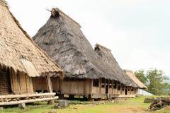 Casas tradicionais no museu ao ar livre em Wologai fotografia de stock royalty free
