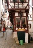 Casas tradicionales de la madera en el valle Alemania de Mosela Foto de archivo