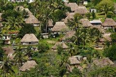 Casas tradicionales del pueblo de Navala, Viti Levu, Fiji Fotografía de archivo