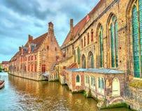 Casas tradicionales en Brujas, Bélgica Fotografía de archivo