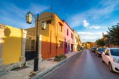 Casas tradicionales y edificios viejos en el pueblo de Archanes, Heraklion, Creta fotografía de archivo libre de regalías