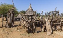 Casas tsemay tradicionales Valle de Omo etiopía Foto de archivo