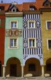 Casas urbanas en el viejo mercado, Poznán Foto de archivo libre de regalías