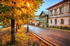 Casas velhas do russo em Plios Imagens de Stock Royalty Free