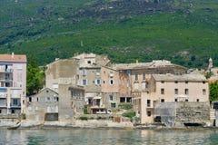 Casas velhas no beira-mar foto de stock royalty free