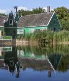 Casas verdes tradicionais, os Países Baixos Fotos de Stock Royalty Free