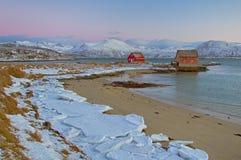 Casas vermelhas na baía Foto de Stock