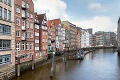 Casas viejas de la ciudad de Hamburgo imagen de archivo libre de regalías