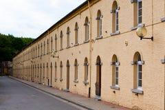 Casas viejas de los trabajadores industriales Imagenes de archivo