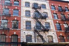Casas viejas típicas en Tribeca, NYC, los E.E.U.U. Fotografía de archivo