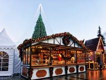 Casas Vilna del recuerdo del árbol de navidad y del pan de jengibre Foto de archivo