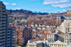 Casas y árboles coloridos Fotos de archivo