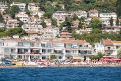 Casas y hoteles en Islands de los príncipes Turquía Foto de archivo libre de regalías