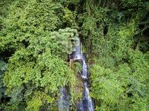 Cascada aérea en la selva tropical de Africa Occidental, Congo Fotografía de archivo libre de regalías