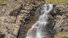 Cascada alpestre metrajes