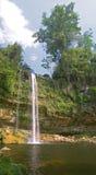 Cascada (cascade à écriture ligne par ligne) Misol ha Images stock