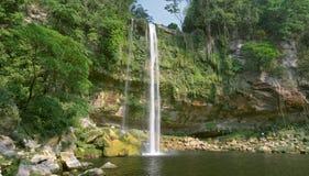 Cascada (cascade à écriture ligne par ligne) Misol ha Image stock