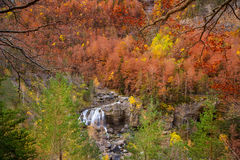 Cascada De Arripas siklawa w Ordesa dolinni Pyrenees Huesca Fotografia Stock