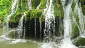 Cascada de Bigar, condado de Caras-Severin, Anina Mountains, Rumania almacen de video