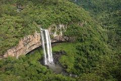 Cascada de Caracol - Canela, Río Grande del Sur, el Brasil foto de archivo
