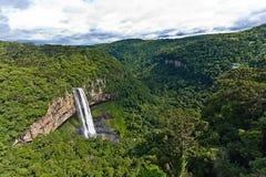 Cascada de Caracol - ciudad de Canela, Río Grande del Sur - el Brasil Foto de archivo libre de regalías