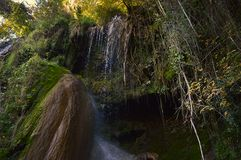 Cascada de Clocota, cascada hermosa de las montañas rumanas fotos de archivo libres de regalías