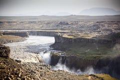 Cascada de Dettifoss en Islandia en el tiempo cubierto Foto de archivo
