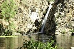 Cascada de Hervidero con alto contraste imágenes de archivo libres de regalías