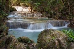 Cascada de Huay Mae Kamin, Tailandia Imagen de archivo