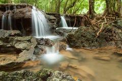 Cascada de Huay Mae Khamin, Tailandia Fotos de archivo