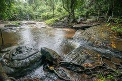 Cascada de Kbal Spean el lugar del misterio del imperio antiguo del Khmer en Siem Reap, Camboya Foto de archivo libre de regalías