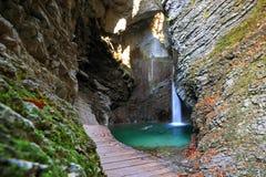 Cascada de Kozjak, Kobarid, Eslovenia Imagen de archivo libre de regalías