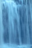 Cascada de la cámara lenta Fotografía de archivo libre de regalías