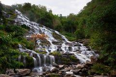 Cascada de Mae Ya Fotos de archivo
