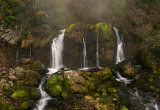 Cascada de Murcarols. Cadí, España. Foto de archivo libre de regalías