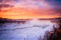 Cascada de Niágara el la estación del invierno fotografía de archivo libre de regalías