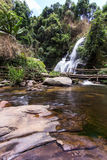 Cascada de Pha Dok Sie en el parque nacional de Doi Inthanon, Chiangmai Tailandia Imagen de archivo libre de regalías