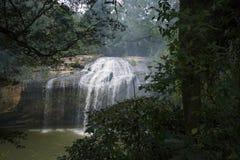 Cascada de Prenn en el parque cerca de la ciudad de Dalat, Vietnam fotos de archivo libres de regalías