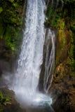 Cascada de Pulhapanzak en Honduras - 3 Fotos de archivo