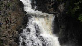 Cascada de Sainte Anne del barranco almacen de video