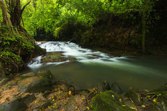 Cascada de Sarika Imagenes de archivo