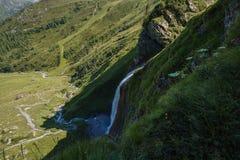 Cascada de Schleierfall en Tux Tyrol fotografía de archivo