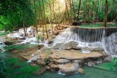 Cascada de Tailandia en Kanchanaburi Fotos de archivo libres de regalías