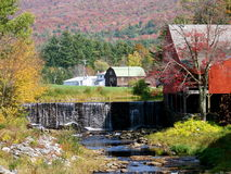 Cascada de Vermont en otoño Imagen de archivo