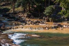Cascada de Yang Bay en Vietnam imagen de archivo