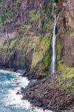 Cascada del lado de mar de Madeira Imágenes de archivo libres de regalías