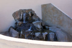 Cascada del patio trasero Imágenes de archivo libres de regalías